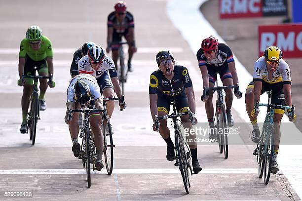 114th Paris Roubaix 2016 Arrival / PETIT Adrien / SAGAN Peter / WIJNANTS Maarten / NAESEN Olivier / Compiegne Roubaix / Parijs PR / Tim De...
