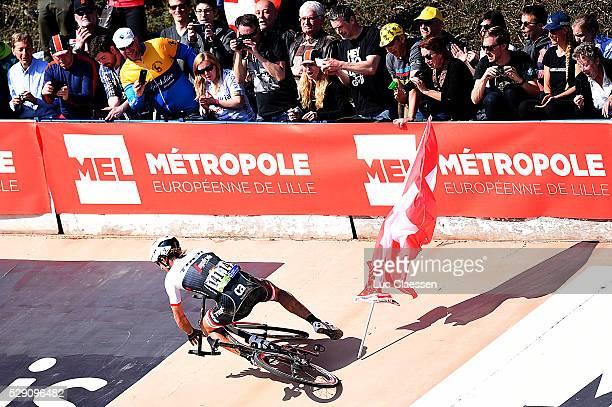 114th Paris Roubaix 2016 Fabian Crach Chute Val / Fans Supporters Public / Compiegne Roubaix / Parijs PR / Tim De WaeleLC/Tim De Waele/Corbis via...