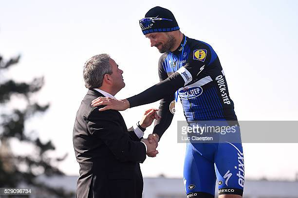 114th Paris Roubaix 2016 Podium / Bernard HINAULT / BOONEN Tom / Compiegne Roubaix / Parijs PR / Tim De WaeleLC/Tim De Waele/Corbis via Getty Images