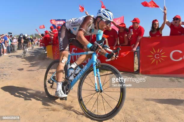 115th Paris Roubaix 2017 Oliver NAESEN / Pave Coble Stones/ Track Roubaix Velodrome / Compiegne Roubaix / PR /