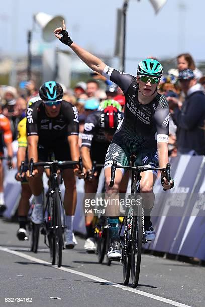 1st Toward Zero Race Melbourne / Cadel Evans Albert Park GP/ Men Arrival / Sprint / Sam BENNET / Celebration / Danny VAN POPPEL / Scott SUNDERLAND /...