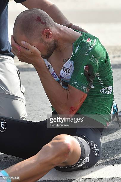 1th Abu Dhabi Tour 2015 / Stage 2 BOONEN Tom Green Sprint Jersey / Crash Chute Val / Injury Blessure Gewond / Yas Marina Circuit Yas Mall / The...