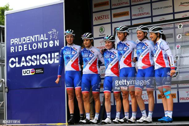 2nd Prudential RideLondonClassique 2017 / Women Start / Team FDJ Nouvelle Aquitaine Futuroscope / Roxane FOURNIER / Roxane KNETEMANN / Greta RICHIOUD...