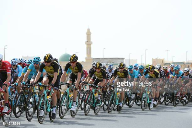 3rd Abu Dhabi Tour 2017 / Stage 2 Steven KRUIJSWIJK / Robert GESINK / Abu DhabiAl Maryah Island Abu DhabiBig Flag / Ride to Abu Dhabi / Nation Towers...