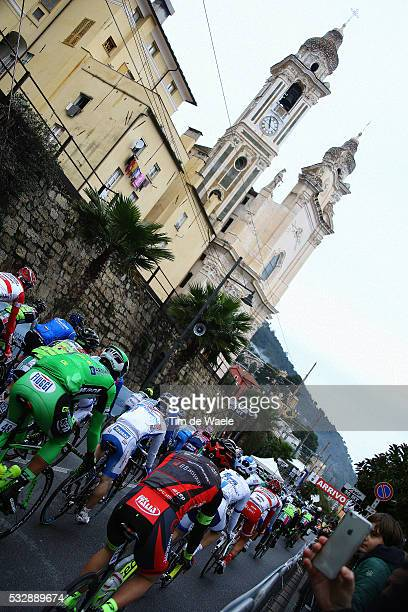 53rd Trofeo Laigueglia 2016 Illustration Illustratie / Peleton Peloton / Laigueglia City Ville Stad / Church Eglise Kerk / LaiguegliaLaigueglia / Tim...