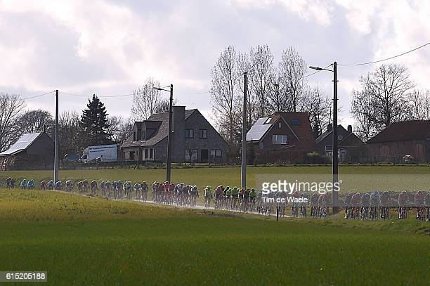 59th E3 Harelbeke 2016 Illustration Illustratie / Peleton Peloton / Landscape Paysage Landschap / Country/ Harelbeke Harelbeke / Price Prix Prijs/ ©...