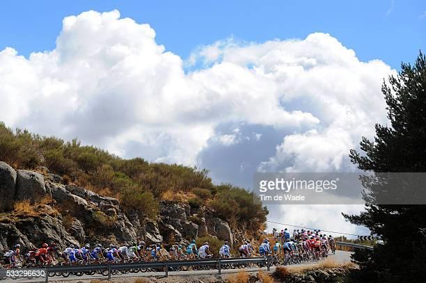 65th Tour of Spain 2010 / Stage 19 Illustration Illustratie / Peleton Peloton / Clouds Nuages Wolken / Landscape Paysage Landschap / Piedrahita...