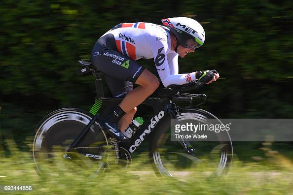 http://media.gettyimages.com/photos/cycling-69th-criterium-du-dauphine-2017-stage-4-edvald-boasson-hagen-picture-id693444856?s=594x594