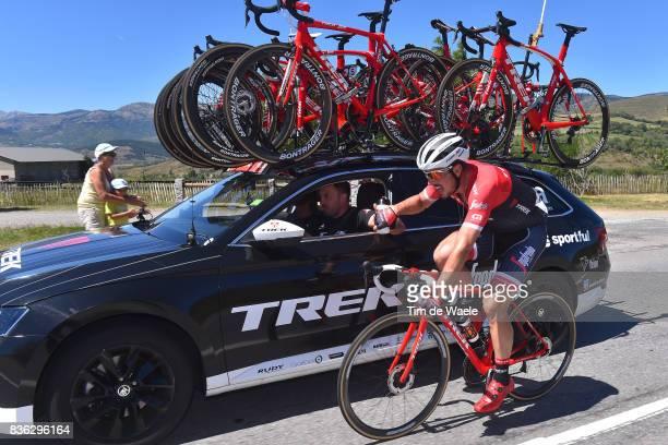 72nd Tour of Spain 2017 / Stage 3 John DEGENKOLB / Yaroslav POPOVYCH Sportsdirector Team Trek Segafredo / Bottle / Feeding / Prades Conflent Canigo...