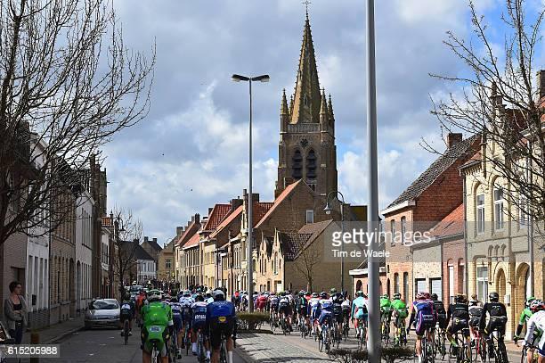 78th Gent Wevelgem 2016 Illustration Illustratie / Peleton Peloton / Landscape Paysage Landschap / City Ville Stad / Church Eglise Kerk / Gent...