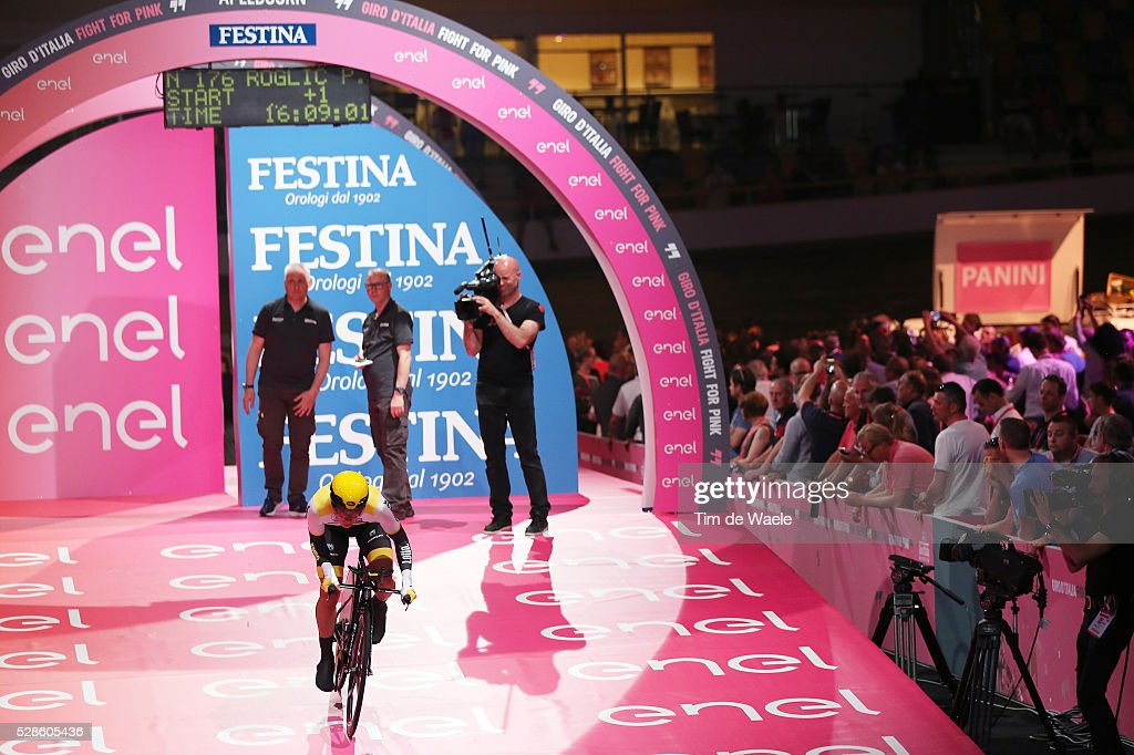 99th Tour of Italy 2016 / Stage 1 Start Podium / Primoz ROGLIC (SLO)/ Apeldoorn - Apeldoorn (9,8Km)/ Time Trial ITT / Giro /