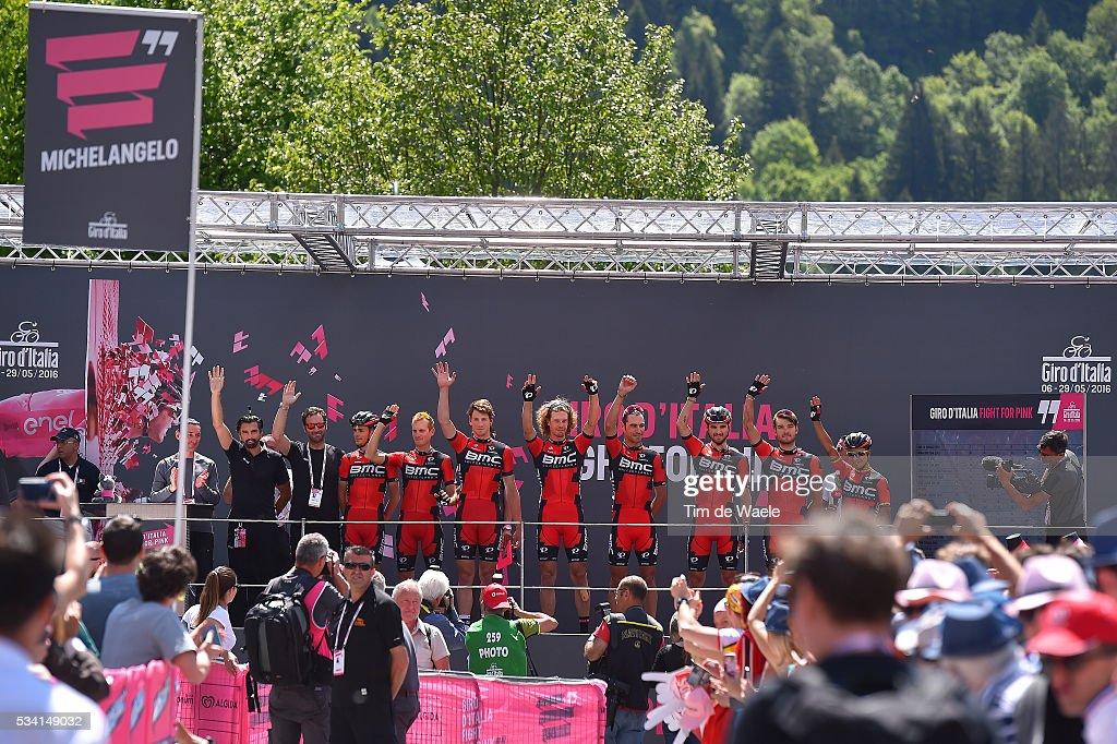 99th Tour of Italy 2016 / Stage 17 Start / Podium / BMC RACING TEAM (USA)/ Manuel SENNI (ITA)/ Darwin ATAPUMA HURTADO (COL)/ Alessandro DE MARCHI (ITA)/ Silvan DILLIER (SUI)/ Stefan KUNG (SUI)/ Daniel OSS (ITA)/ Manuel QUINZIATO (ITA)/ Rick ZABEL (GER)/ Maximiliam SCIANDRI (ITA)/ Molveno - Cassano d'Adda (196km)/ / Giro /
