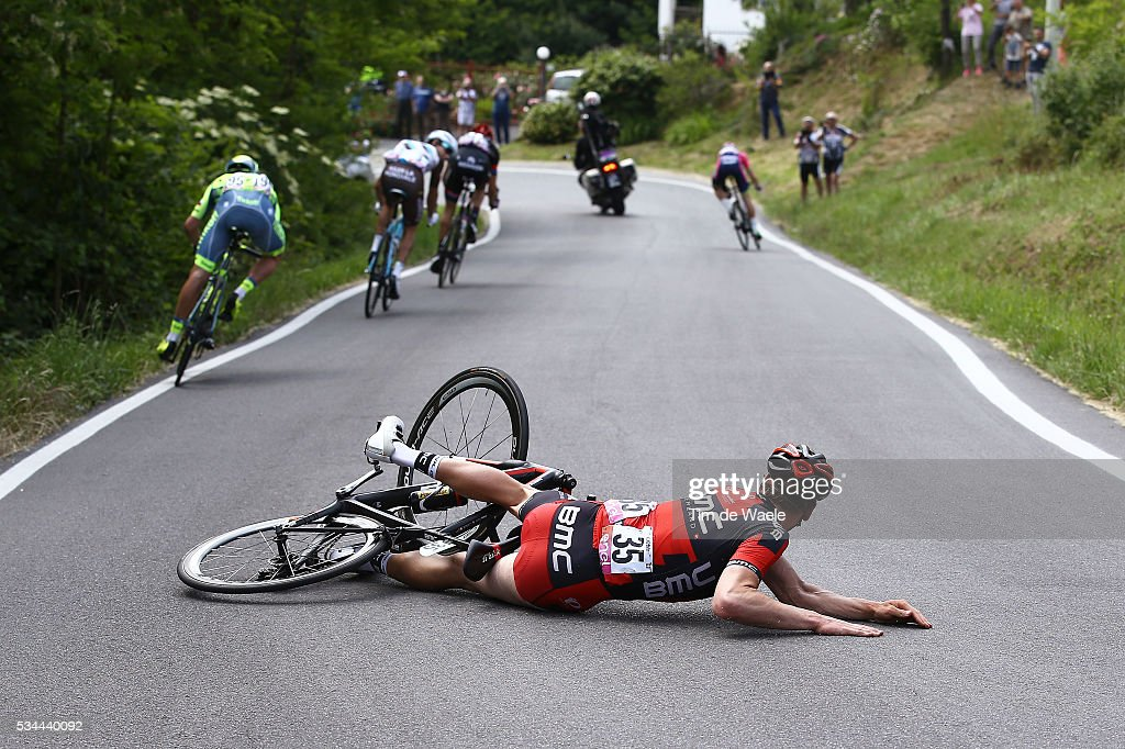 99th Tour of Italy 2016 / Stage 18 Stefan KUNG (SUI) Crash / Muggio - Pinerolo (240Km)/ Giro /