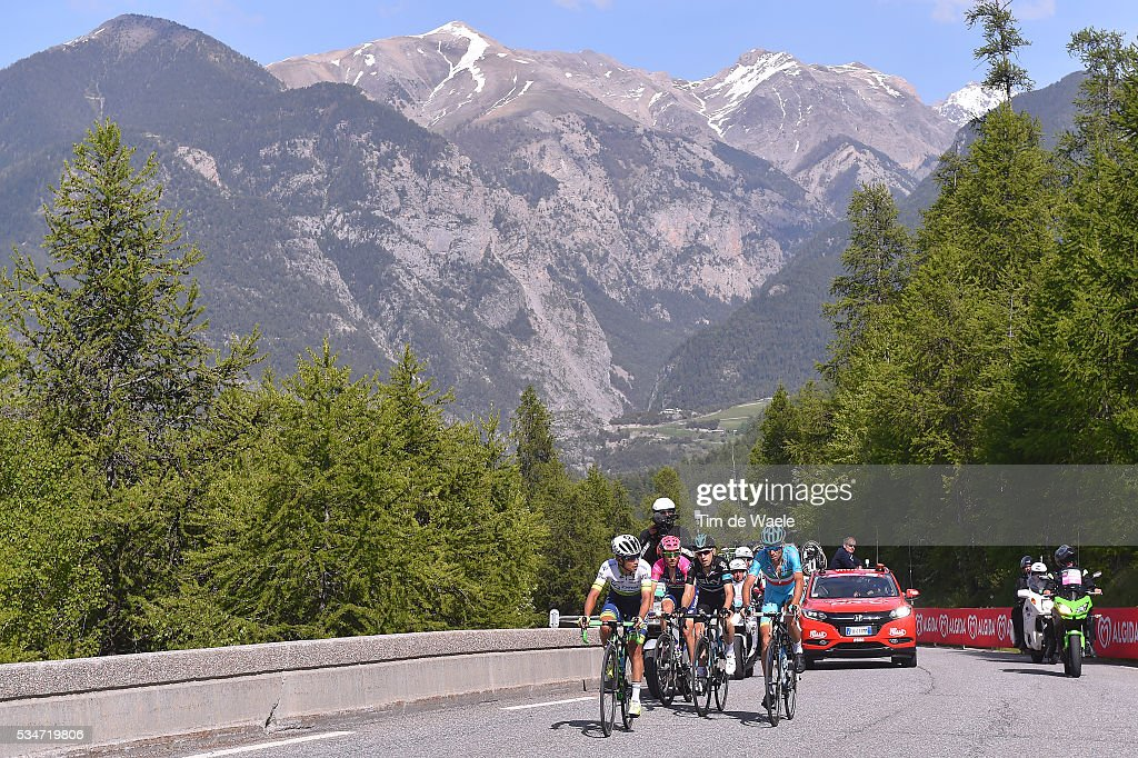 99th Tour of Italy 2016 / Stage 19 Johan Esteban CHAVES RUBIO (COL)/ Vincenzo NIBALI (ITA)/ Mikel NIEVE ITURALDE (ESP)/ Diego ULISSI (ITA)/ Illustration / Risoul (1862m) Mountains / Landscape / Pinerolo - Risoul 1862m (162km)/ Giro /