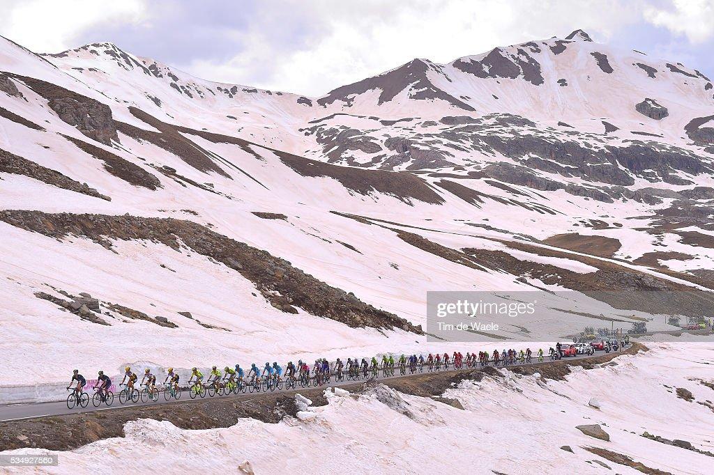 99th Tour of Italy 2016 / Stage 20 Illustration / Landscape / Peloton / Mountains / Snow / Col De La Bonette 2715m / Guillestre - Sant'Anna di Vinadio 2015m (134km)/ Giro /