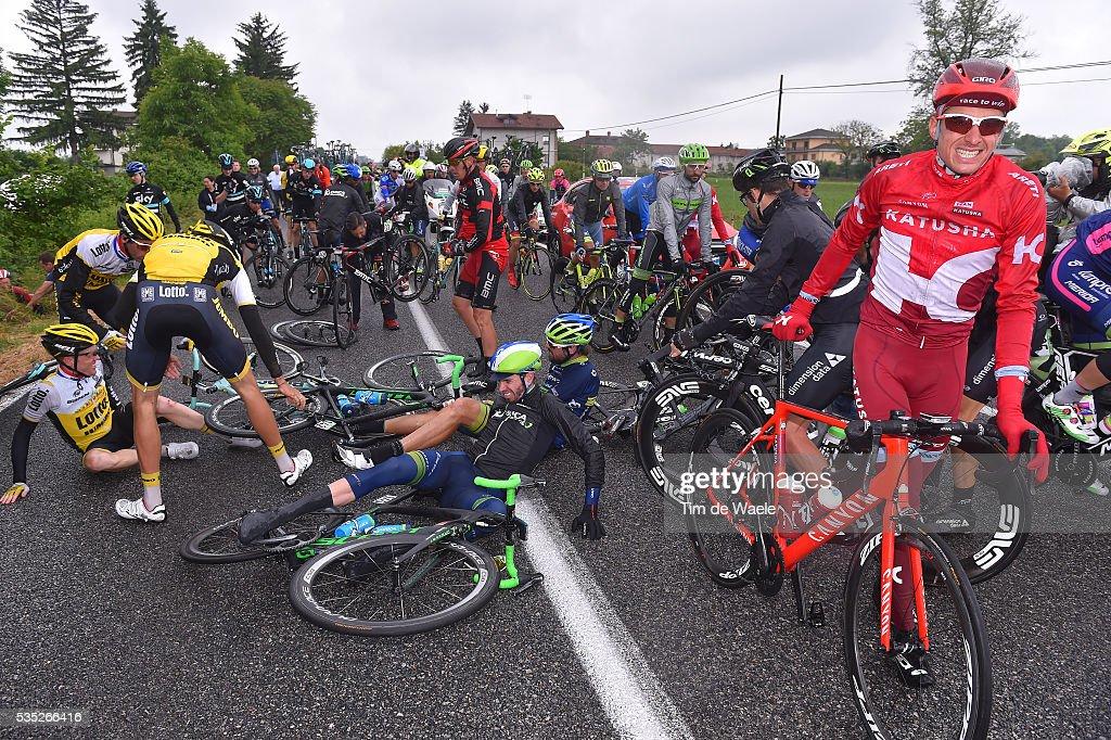 99th Tour of Italy 2016 / Stage 21 Pavel KOCHETKOV (RUS)/ Sam BEWLEY (NZL)/ Damien HOWSON (AUS)/ Steven KRUIJSWIJK (NED)/ Crash / Cuneo - Torino (163km)/ Giro /