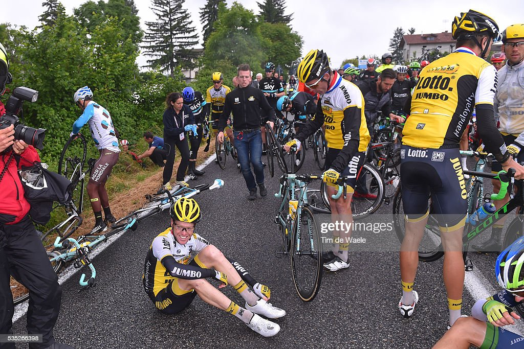 99th Tour of Italy 2016 / Stage 21 Steven KRUIJSWIJK (NED)/ Crash / Team LOTTO NL - JUMBO (NED)/ Cuneo - Torino (163km)/ Giro /