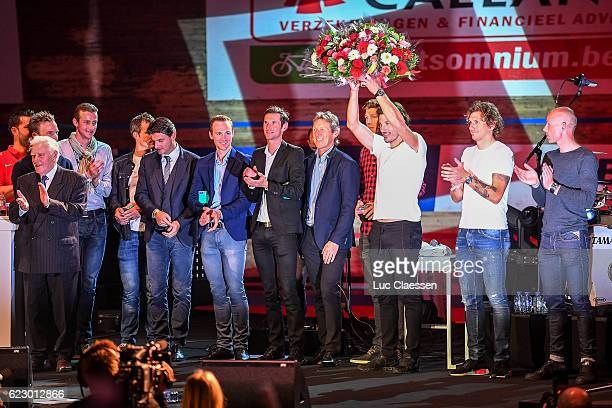 Ciao Fabian Fabian Cancellara Remi DE MOOR / Jonathan BOCKSTAEL / Edward THEUNS / Frank SCHLECK / Dirk DE MOL / Fabian CANCELLARA Celebration /...