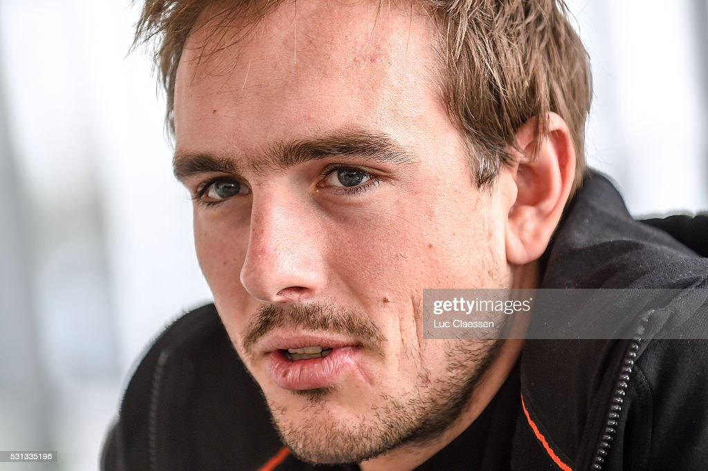 http://media.gettyimages.com/photos/cycling-team-giant-alpecin-press-conference-degenkolb-john-pc-paris-picture-id531335196