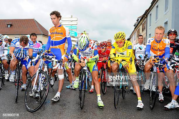 'Cycling Tour de France 2009 / Stage 15 Start / TEN DAM Laurens / NOCENTINI Rinaldo Yellow Jersey / PELIZOTTI Franco Mountain Jersey / POSTHUMA Joost...