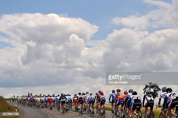 'Cycling Tour of Suisse / Stage 8 Illustration Illustratie / Peleton Peloton / Cloads Nuages Wolken / Le Sentier CransMontana / Ronde van Zwitserland...