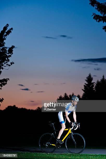Cycliste de nuit