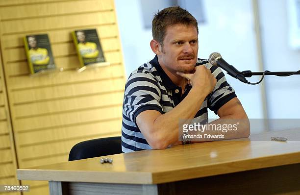 Cyclist Floyd Landis fields audience questions before signing copies of his book 'Positively False' at Borders on July 17 2007 in Westwood California
