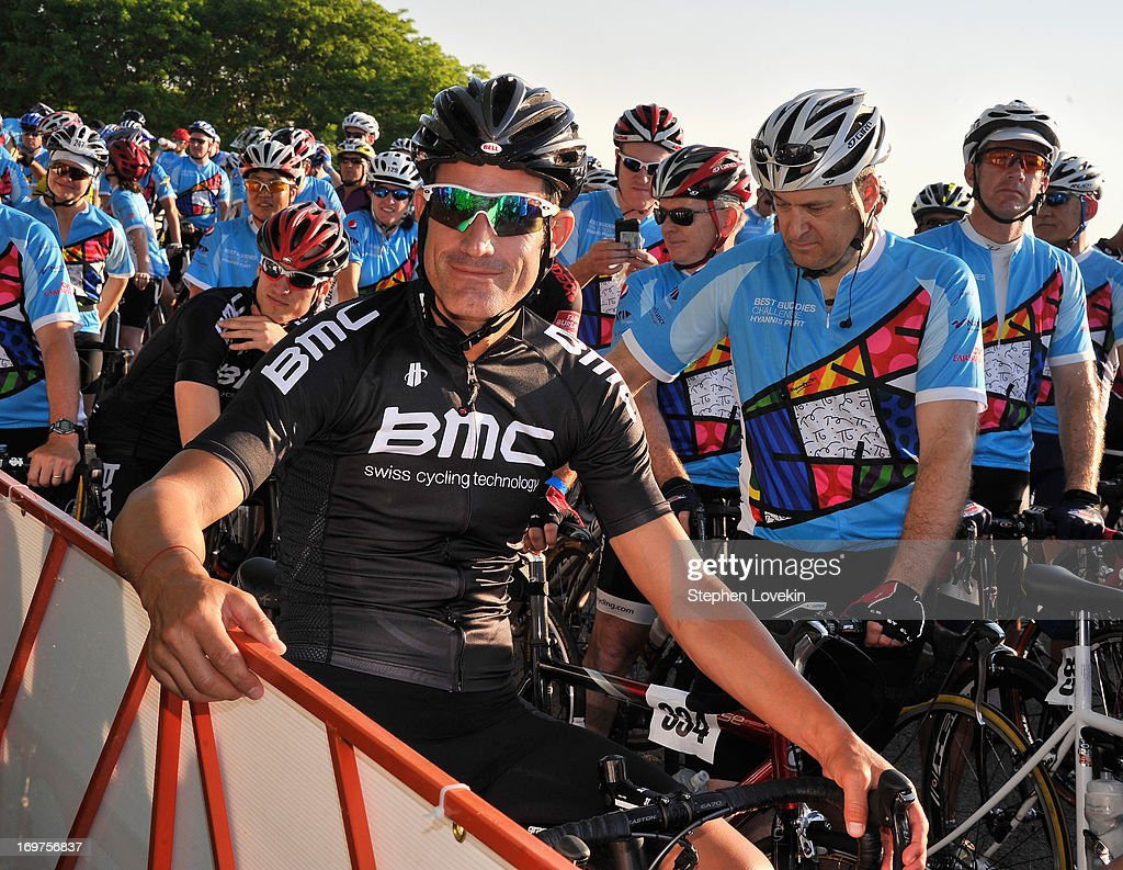 Cyclist <a gi-track='captionPersonalityLinkClicked' href=/galleries/search?phrase=George+Hincapie&family=editorial&specificpeople=534468 ng-click='$event.stopPropagation()'>George Hincapie</a> attends the Best Buddies Challenge: Hyannis Port on June 1, 2013 in Hyannis Port, Massachusetts.