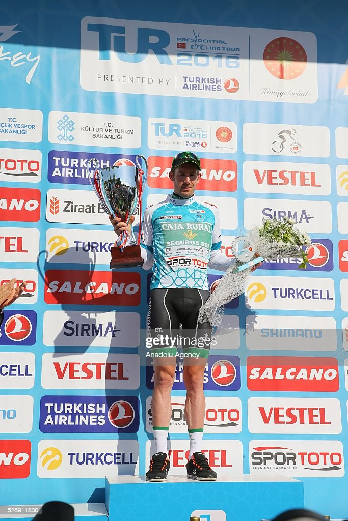 Cyclist Jose Goncalves (R) of Caja Rural-Seguros RGA receives his award after the final stage of 201,7 kilometers long Marmaris - Selcuk lap of the 52nd Presidential Cycling Tour of Turkey in Izmir, Turkey on May 1, 2016.