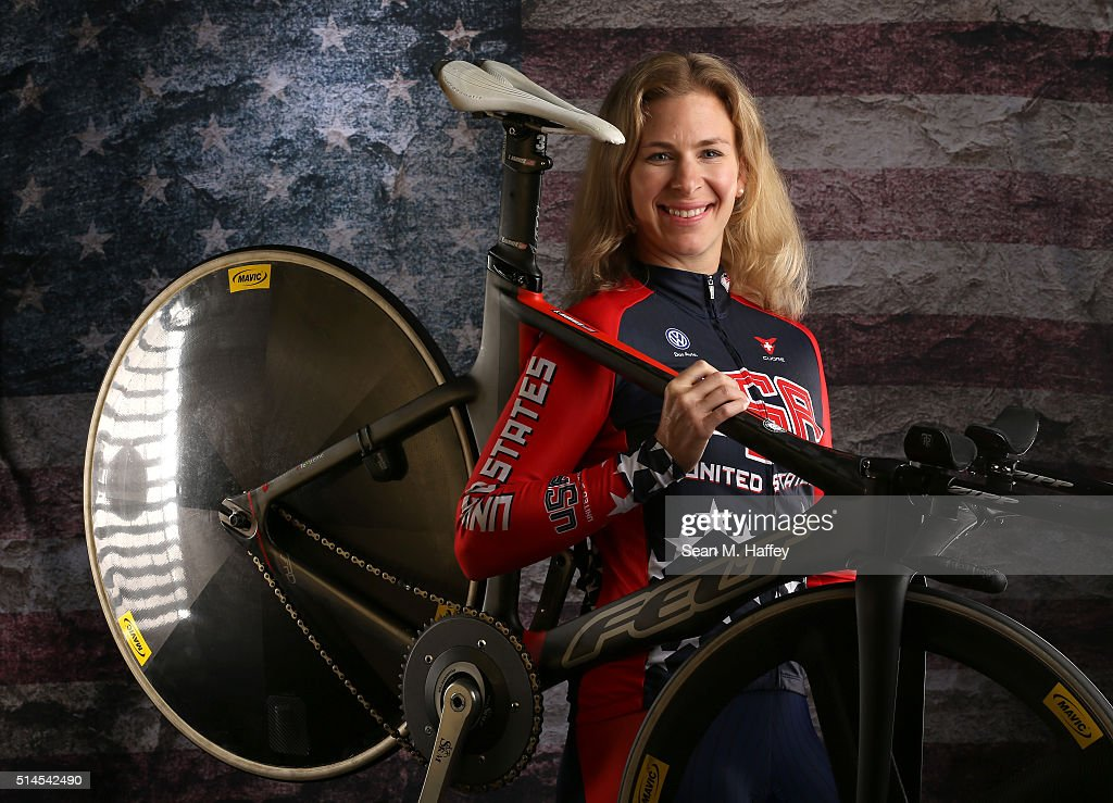 Cyclist <a gi-track='captionPersonalityLinkClicked' href=/galleries/search?phrase=Sarah+Hammer&family=editorial&specificpeople=688673 ng-click='$event.stopPropagation()'>Sarah Hammer</a> poses for a portrait at the 2016 Team USA Media Summit at The Beverly Hilton Hotel on March 9, 2016 in Beverly Hills, California.