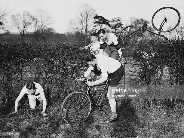 Cyclists Against Runners Annual Contest In England On March 12Nd 1932