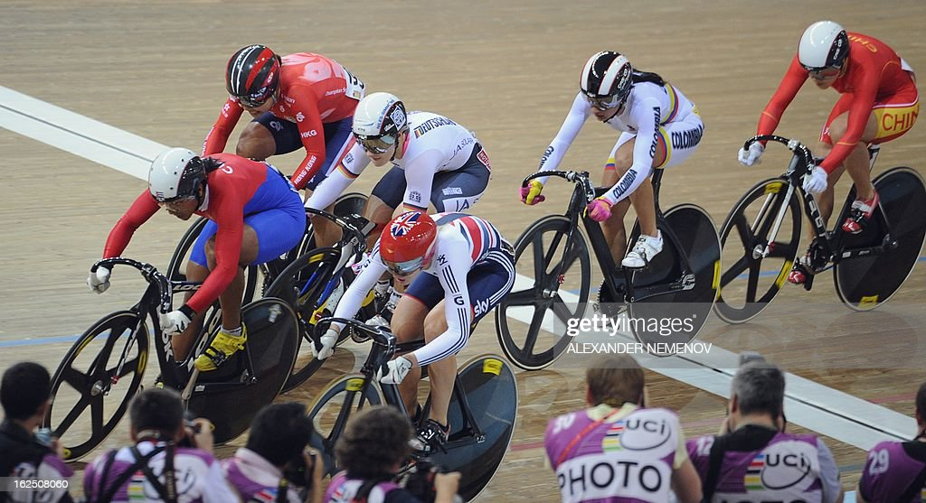 Cyclists compete inthe women's keirin event of the UCI Track Cycling World Championships in Minsk on February 24, 2013.