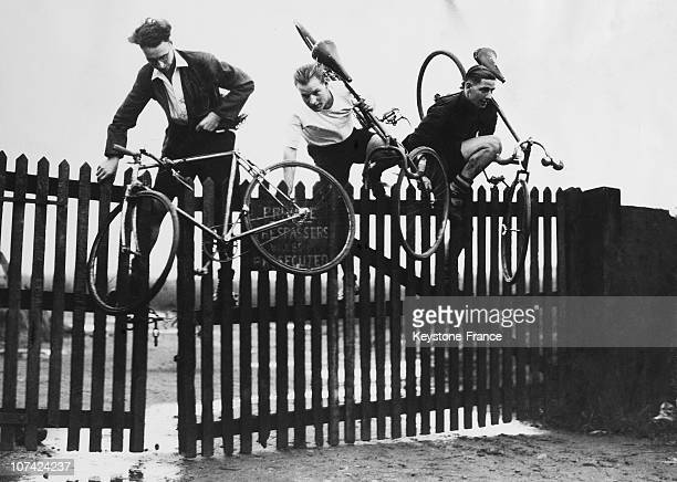 Cyclo Cross Country Race At Oxford In England On 1934