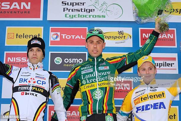 SP Hoogstraten 2011 Podium / Niels ALBERT / Sven NYS / Kevin PAUWELS / Celebration Joie Vreugde / Super Prestige / Cyclo Cross / Tim De Waele