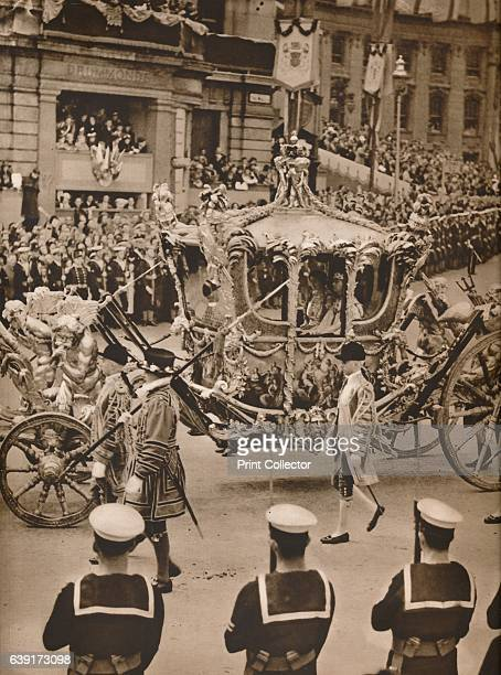 The State Coach' 1937 King George ascended the throne upon the abdication of his brother King Edward VIII on 11th December 1936 Edward's coronation...
