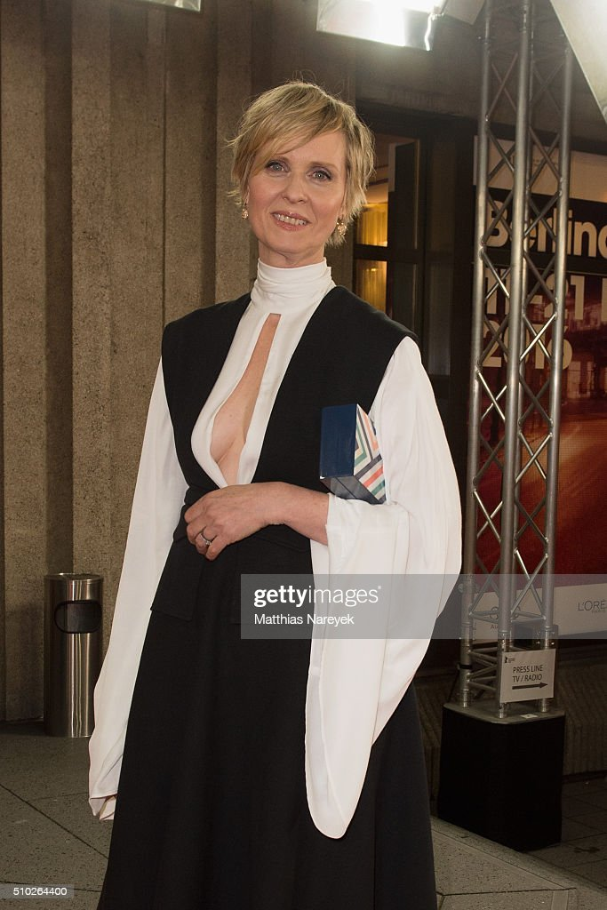 <a gi-track='captionPersonalityLinkClicked' href=/galleries/search?phrase=Cynthia+Nixon&family=editorial&specificpeople=202583 ng-click='$event.stopPropagation()'>Cynthia Nixon</a> attends the 'A Quiet Passion' premiere during the 66th Berlinale International Film Festival Berlin at Friedrichstadt-Palast on February 14, 2016 in Berlin, Germany.