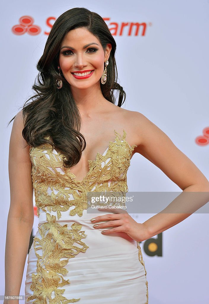 Cynthia Olavarría arrives at Billboard Latin Music Awards 2013 at Bank United Center on April 25, 2013 in Miami, Florida.