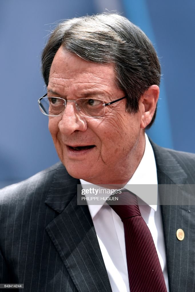 Cyprus' President Nicos Anastasiades arrives before an EU summit meeting on June 28, 2016 at the European Union headquarters in Brussels. / AFP / PHILIPPE