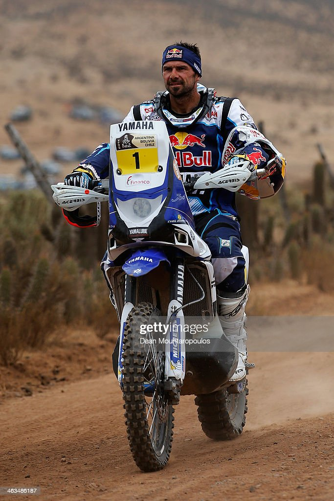 <a gi-track='captionPersonalityLinkClicked' href=/galleries/search?phrase=Cyril+Despres&family=editorial&specificpeople=2092881 ng-click='$event.stopPropagation()'>Cyril Despres</a> of France for the Yamaha Factory Racing team crosses the finish line after stage 13, the final leg on the way to Valparaiso during Day 13 of the 2014 Dakar Rally on January 18, 2014 in Illapel, Chile.