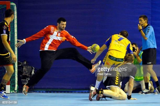 Cyril DUMOULIN / Alexandre TOMAS Chambery / Saint Raphael Trophee des Champions 2011 Stade Louis II Monaco