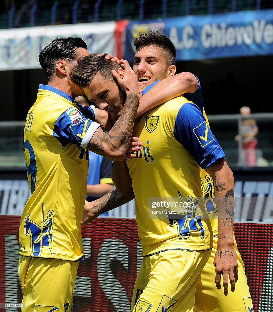 <a gi-track='captionPersonalityLinkClicked' href=/galleries/search?phrase=Cyril+Thereau&family=editorial&specificpeople=4063877 ng-click='$event.stopPropagation()'>Cyril Thereau</a> of AC Chievo celebrates after scoring his opening goal during the Serie A match between AC Chievo Verona and Torino FC at Stadio Marc'Antonio Bentegodi on May 12, 2013 in Verona, Italy.