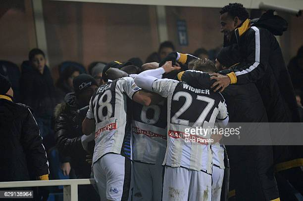 Cyril Thereau of Udinese Calcio celebrates after scoring his team's third goal during the Serie A match between Atalanta BC and Udinese Calcio at...