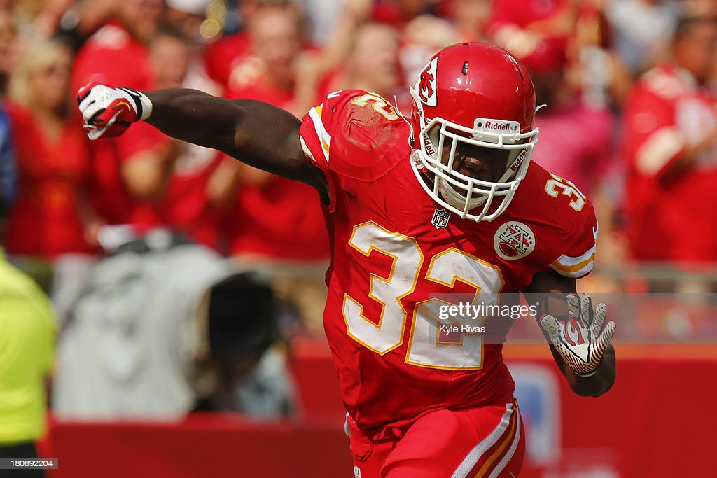<a gi-track='captionPersonalityLinkClicked' href=/galleries/search?phrase=Cyrus+Gray&family=editorial&specificpeople=5573455 ng-click='$event.stopPropagation()'>Cyrus Gray</a> #32 of the Kansas City Chiefs celebrate after successfully downing the punt within the Dallas Cowboys five yard line in the fourth quarter on September 15, 2013 at Arrowhead Stadium in Kansas City, Missouri.