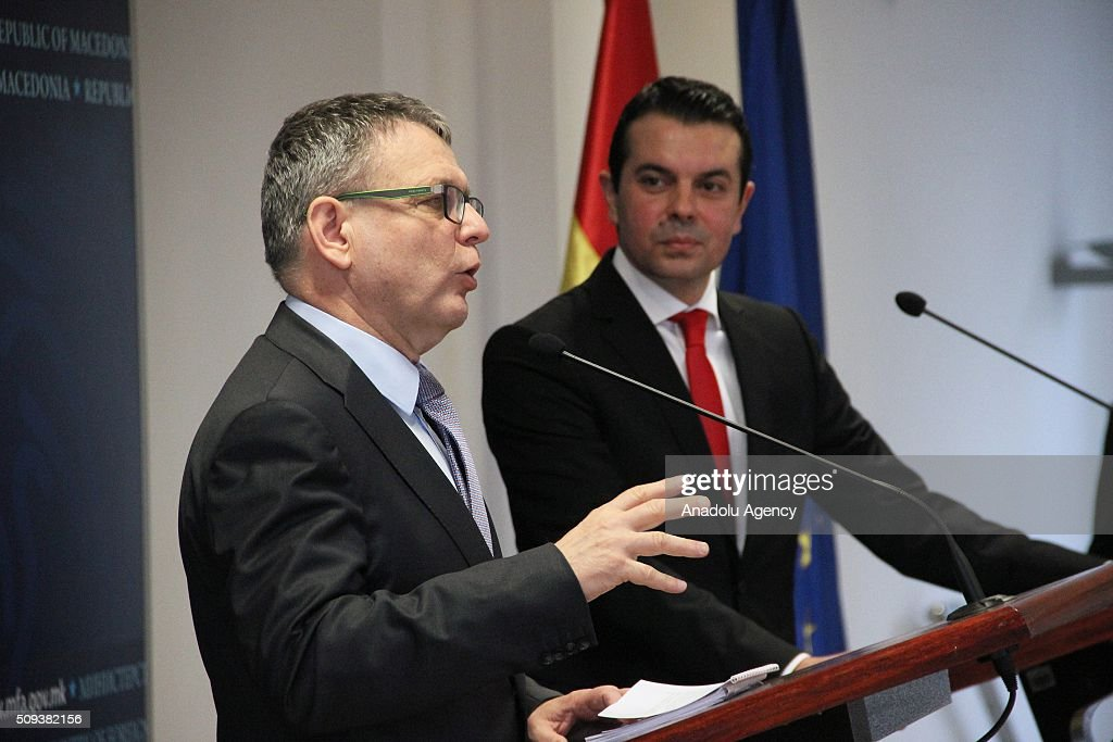 Czech Foreign Minister Lubomir Zaoralek (L) and Macedonian Foreign Minister Nikola Poposki (R) hold a joint press conference after a meeting on the European Refugee Crisis in Skopje, Macedonia on February 10, 2016.