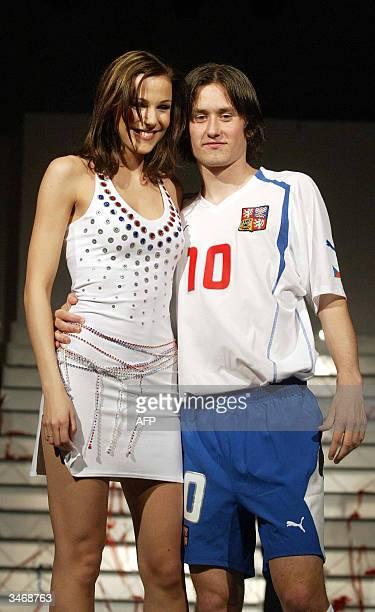 OUT== Czech national football team midfielder Tomas Rosicky from Borussia Dortmund presents 26 April 2006 at Prague's Hradcany Castle the last...