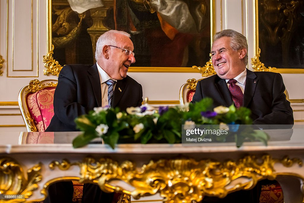 Czech President Milos Zeman (R) meets Israeli President Reuven Rivlin (L) at the Prague Castle on October 21, 2015 in Prague, Czech Republic. Israeli President Reuven Rivlin is in the Czech Republic for a four-day official visit.