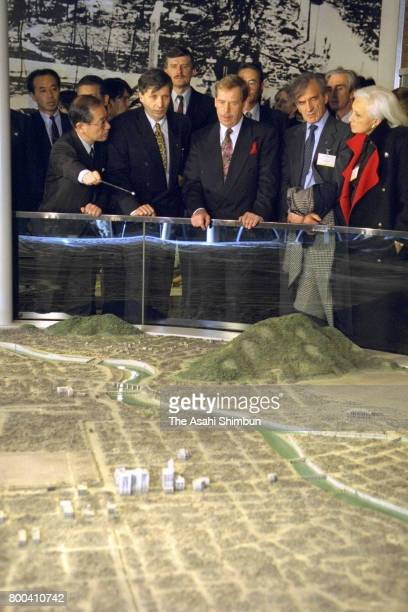 Czech President Vaclav Havel visits the Hiroshima Peace Memorial Museum on December 6 1995 in Hiroshima Japan