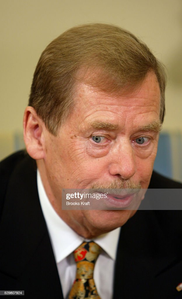 Czech Republic President <a gi-track='captionPersonalityLinkClicked' href=/galleries/search?phrase=Vaclav+Havel&family=editorial&specificpeople=202931 ng-click='$event.stopPropagation()'>Vaclav Havel</a> in the Oval Office. He and U.S. President George W. Bush met to discuss regional security issues.