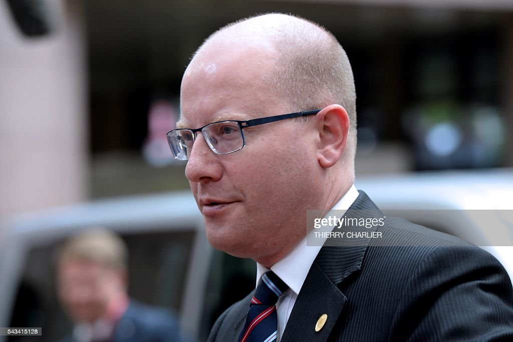 Czech Republic's Prime minister Bohuslav Sobotka arrives before an EU summit meeting on June 28, 2016 at the European Union headquarters in Brussels. / AFP / THIERRY