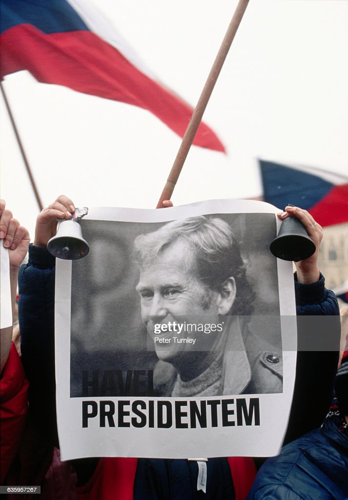 A Czechoslovakian student rings a bell and holds a poster of <a gi-track='captionPersonalityLinkClicked' href=/galleries/search?phrase=Vaclav+Havel&family=editorial&specificpeople=202931 ng-click='$event.stopPropagation()'>Vaclav Havel</a> during the Velvet Revolution in Prague.